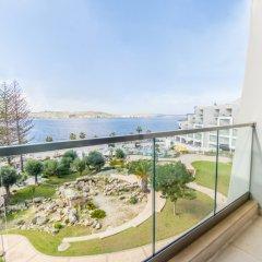 Отель Dolmen Hotel Malta Мальта, Каура - отзывы, цены и фото номеров - забронировать отель Dolmen Hotel Malta онлайн балкон