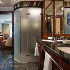 Breidenbacher Hof, a Capella Hotel ванная фото 3