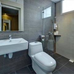 Отель Ibis Budget Singapore Crystal ванная фото 2