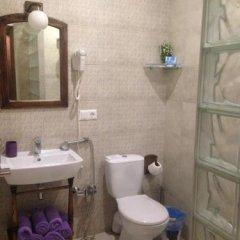 Гостиница Гостевой дом Бонжур Украина, Бердянск - отзывы, цены и фото номеров - забронировать гостиницу Гостевой дом Бонжур онлайн ванная