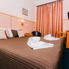 Гостиница Стасов 3* Стандартный номер с двуспальной кроватью