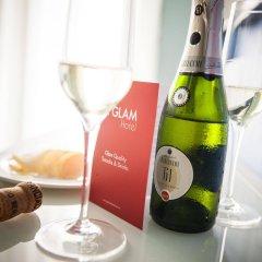 Отель Glam Milano Италия, Милан - 2 отзыва об отеле, цены и фото номеров - забронировать отель Glam Milano онлайн гостиничный бар