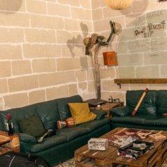 Hostel Jones - Hostel Слима комната для гостей фото 3