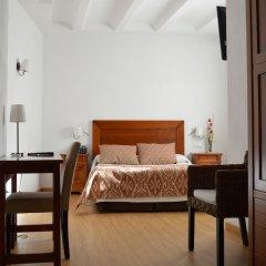 La Sitja Hotel Rural Бенисода сейф в номере