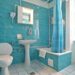 Отель Konstantinoupolis Hotel Греция, Корфу - отзывы, цены и фото номеров - забронировать отель Konstantinoupolis Hotel онлайн ванная фото 2