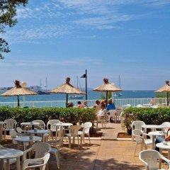Отель Alua Hawaii Ibiza Испания, Сан-Антони-де-Портмань - отзывы, цены и фото номеров - забронировать отель Alua Hawaii Ibiza онлайн питание фото 2