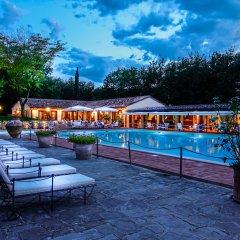 Отель Borgo San Luigi Строве с домашними животными