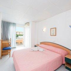Отель Vista Alegre Hostal Кастро-Урдиалес комната для гостей фото 4