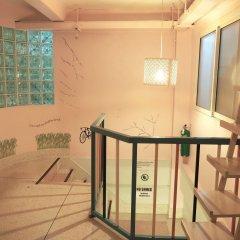Baan Nampetch Hostel Бангкок ванная