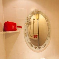 Отель ZEN Rooms Prathunam 17 ванная