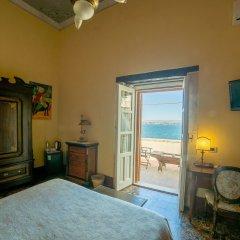 Отель Henrys House Италия, Сиракуза - отзывы, цены и фото номеров - забронировать отель Henrys House онлайн комната для гостей фото 5