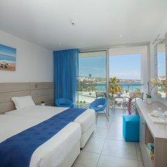 Отель Limanaki Beach Hotel Кипр, Айя-Напа - 1 отзыв об отеле, цены и фото номеров - забронировать отель Limanaki Beach Hotel онлайн комната для гостей фото 3