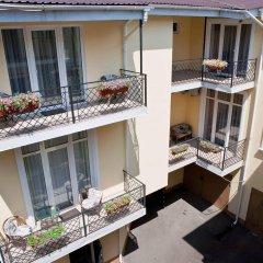 Geneva Park Hotel балкон