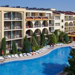 Отель Yavor Palace бассейн