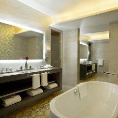 Отель Hilton Capital Grand Abu Dhabi ванная