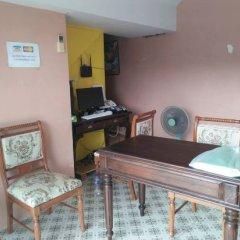 Отель Baan Kongdee Sunset Resort интерьер отеля