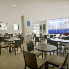 Отель One Acapulco Costera питание фото 2