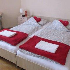 Отель Hostel Euro-Room Польша, Краков - отзывы, цены и фото номеров - забронировать отель Hostel Euro-Room онлайн комната для гостей фото 4