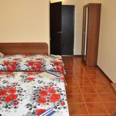 Гостиница Viktoriya Guest House в Анапе отзывы, цены и фото номеров - забронировать гостиницу Viktoriya Guest House онлайн Анапа комната для гостей фото 3