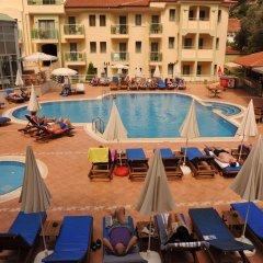Belcehan Deluxe Hotel Турция, Олудениз - отзывы, цены и фото номеров - забронировать отель Belcehan Deluxe Hotel онлайн бассейн