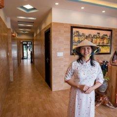 Отель Minh An Riverside Villa интерьер отеля