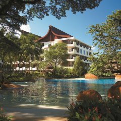 Отель Shangri-La's Rasa Sayang Resort and Spa, Penang Малайзия, Пенанг - отзывы, цены и фото номеров - забронировать отель Shangri-La's Rasa Sayang Resort and Spa, Penang онлайн бассейн