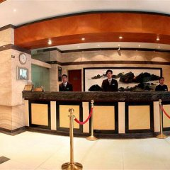 Отель Rayfont Hongqiao Hotel & Apartment Shanghai Китай, Шанхай - 1 отзыв об отеле, цены и фото номеров - забронировать отель Rayfont Hongqiao Hotel & Apartment Shanghai онлайн гостиничный бар