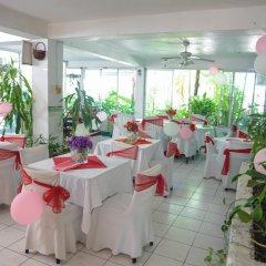 Отель Gloriana Hotel Ямайка, Монтего-Бей - отзывы, цены и фото номеров - забронировать отель Gloriana Hotel онлайн помещение для мероприятий