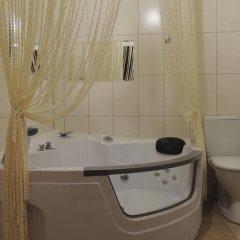 Гостиница Золотая подкова в Барнауле отзывы, цены и фото номеров - забронировать гостиницу Золотая подкова онлайн Барнаул ванная