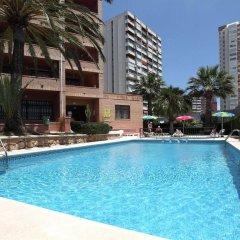 Отель La Caseta Испания, Бенидорм - отзывы, цены и фото номеров - забронировать отель La Caseta онлайн бассейн