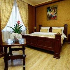 Eklips Hotel Тирана сейф в номере