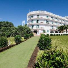 Отель azuLine Hotel Galfi Испания, Сан-Антони-де-Портмань - 1 отзыв об отеле, цены и фото номеров - забронировать отель azuLine Hotel Galfi онлайн спортивное сооружение