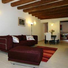 Апартаменты City Apartments - Residence Pozzo Terrace Венеция комната для гостей фото 2