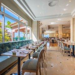 Отель Madeira Regency Palace Hotel Португалия, Фуншал - отзывы, цены и фото номеров - забронировать отель Madeira Regency Palace Hotel онлайн гостиничный бар
