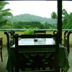 Отель Palm Gardens Канди
