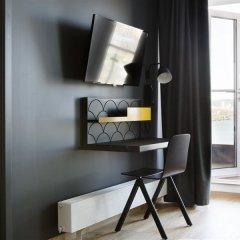 Comfort Hotel Goteborg сейф в номере