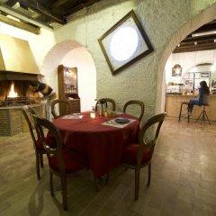 Отель B&B Galleria Frascati гостиничный бар