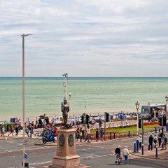 Regent Hotel пляж