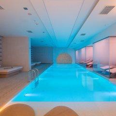 Отель Novotel Istanbul Bosphorus бассейн