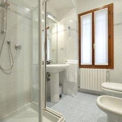 Отель Venier 5 Италия, Венеция - отзывы, цены и фото номеров - забронировать отель Venier 5 онлайн ванная фото 2