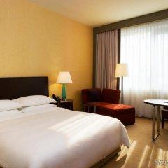 Отель Sheraton Poznan Hotel Польша, Познань - отзывы, цены и фото номеров - забронировать отель Sheraton Poznan Hotel онлайн комната для гостей фото 3