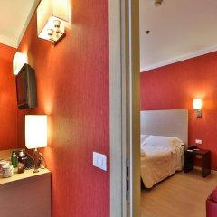 Отель Best Western Porto Antico Генуя комната для гостей