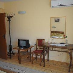Отель Family Hotel Biju Болгария, Трявна - отзывы, цены и фото номеров - забронировать отель Family Hotel Biju онлайн удобства в номере фото 2