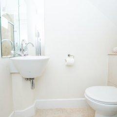 Отель LBS Victoria Великобритания, Лондон - отзывы, цены и фото номеров - забронировать отель LBS Victoria онлайн ванная фото 2