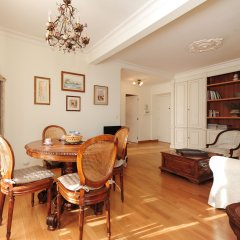 Отель Appartement Clemenceau - 5 Stars Holiday House комната для гостей