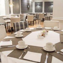 Отель Los Monteros Spa & Golf Resort гостиничный бар