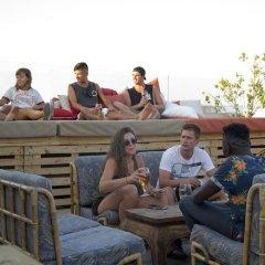 Отель Marco Polo Hostel Мальта, Сан Джулианс - отзывы, цены и фото номеров - забронировать отель Marco Polo Hostel онлайн гостиничный бар