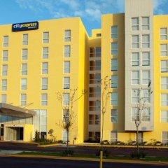 Отель City Express Mérida вид на фасад фото 3