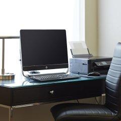 Отель Travelodge by Wyndham Calgary International Airport South Канада, Калгари - отзывы, цены и фото номеров - забронировать отель Travelodge by Wyndham Calgary International Airport South онлайн