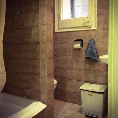Отель Barcelona City Ramblas (Pensión Canaletas) Испания, Барселона - 1 отзыв об отеле, цены и фото номеров - забронировать отель Barcelona City Ramblas (Pensión Canaletas) онлайн ванная фото 2